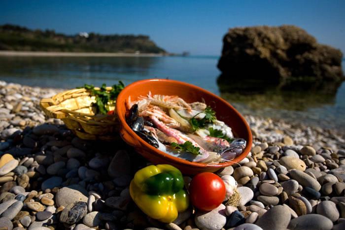 la migliore cucina italiana si assaggia nei ristoranti e negli hotel abruzzesi parola dei turisti stranieri