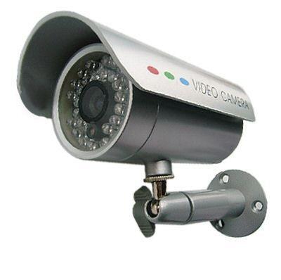 'Bravata' di giovanissimi in una villa, le telecamere favoriscono identificazione e denunce ...