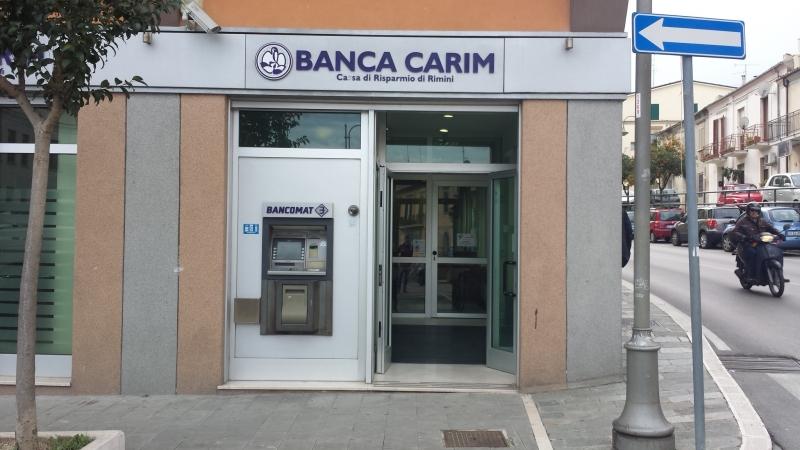 Banca carim in bilico d 39 alfonso s 39 appella al viceministro for Banca in casa