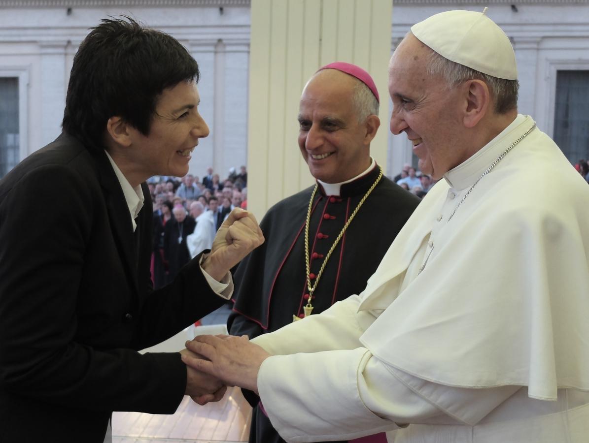 Chiara Amirante assieme a Papa Francesco