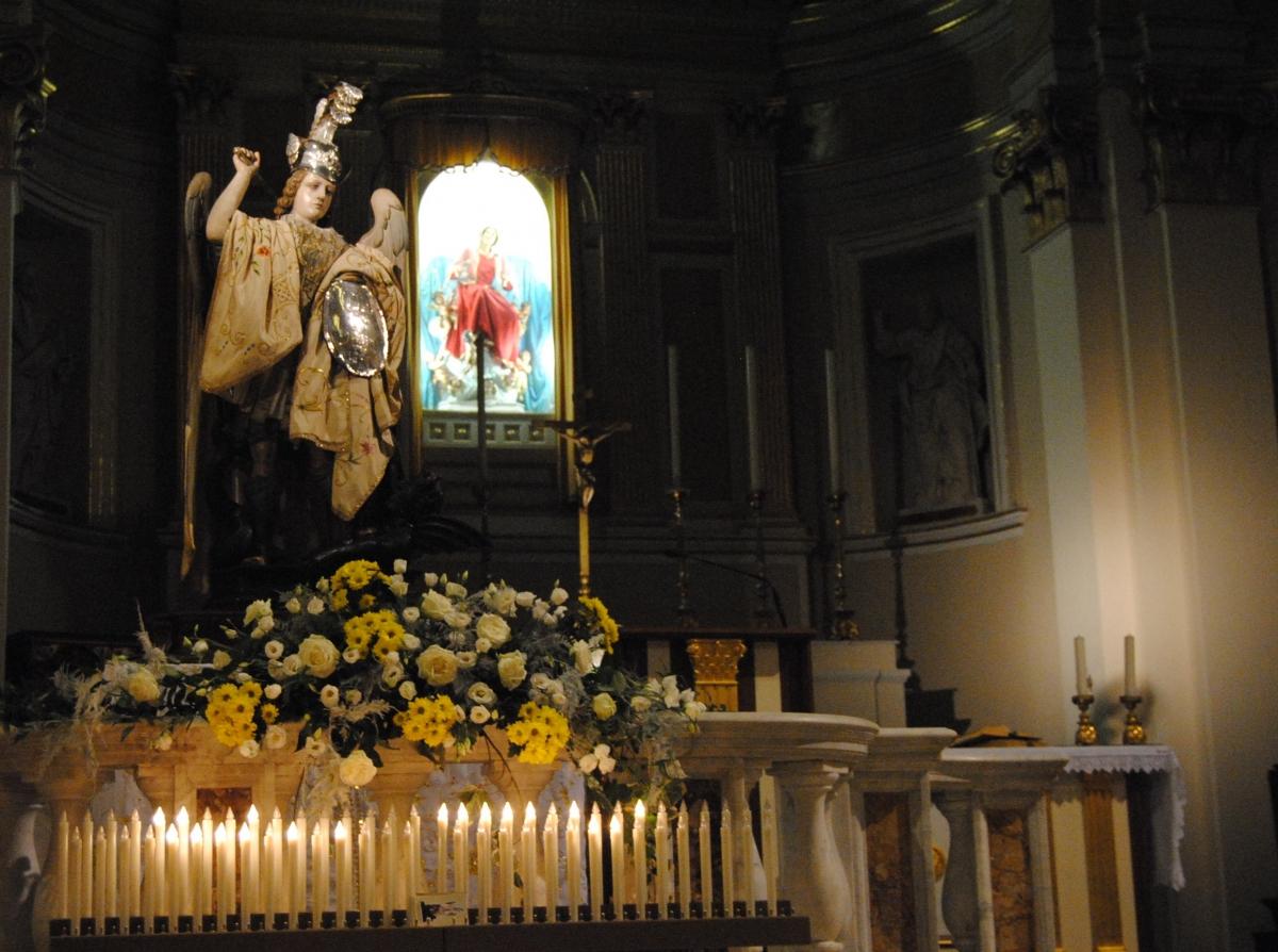 San Michele Data Calendario.Data Rossa Nel Calendario Vasto Festeggia Il Suo Patrono