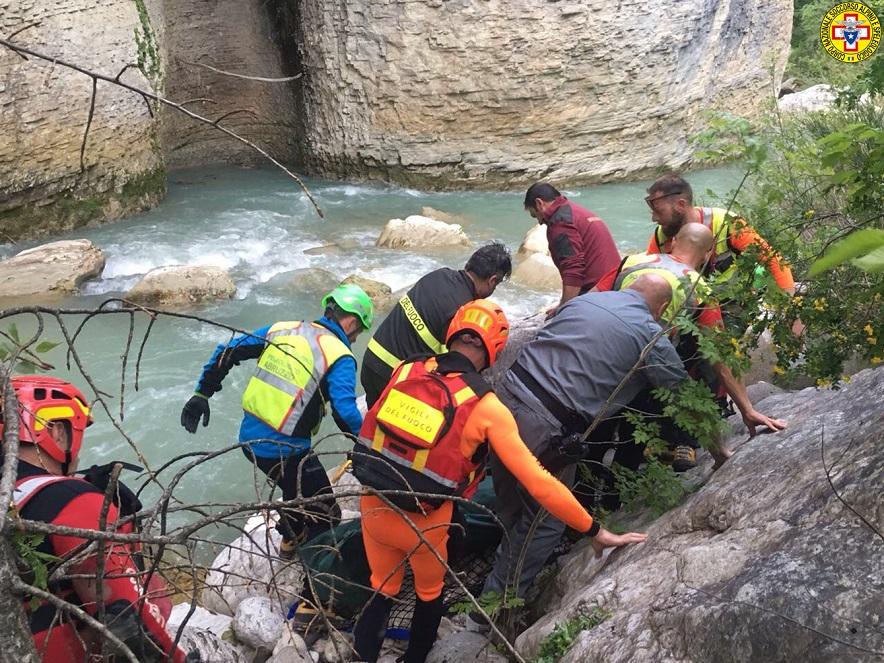 Tragedia a Caramanico, coppia di Scerni muore nel fiume
