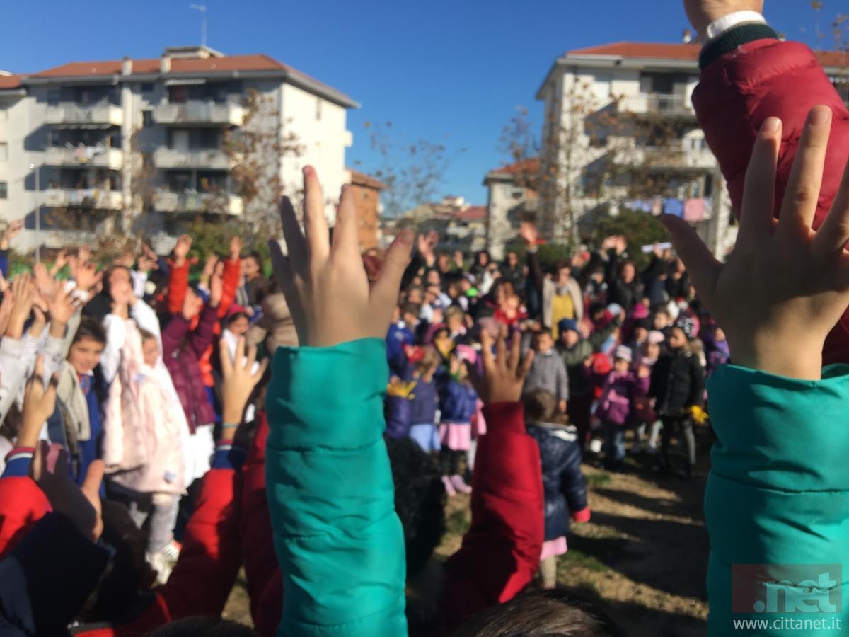 A Carbonia la Festa dell'albero: messe a dimora oltre 200 piante