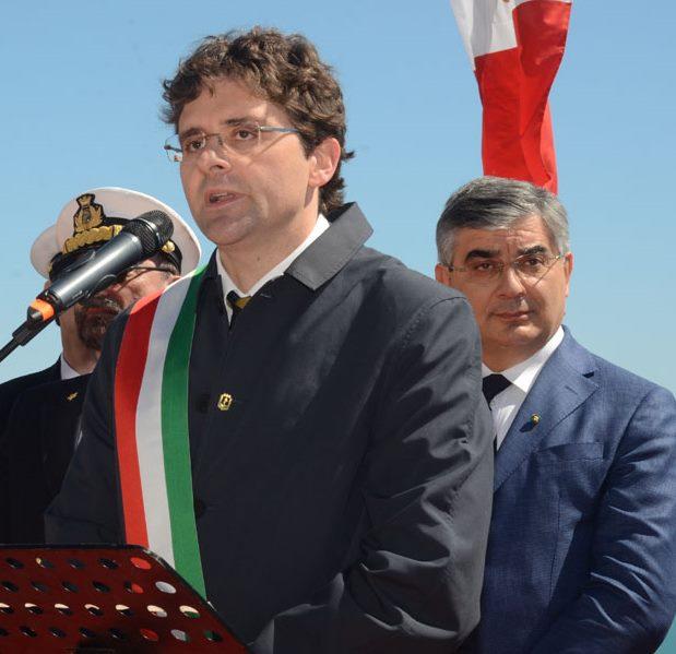 Primarie Pd: Orlando contesta le percentuali, Renzi sotto il 70%