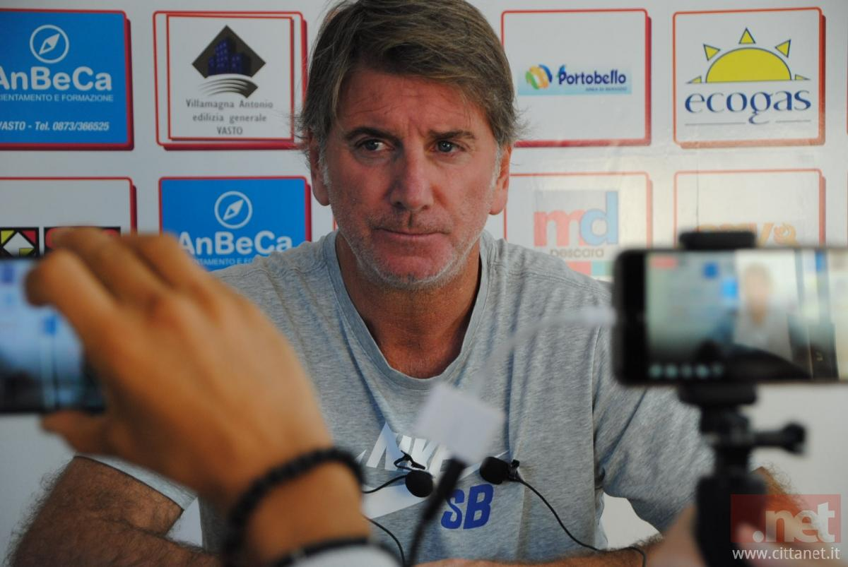 Il nuovo allenatore della Vastese Fabio Montani