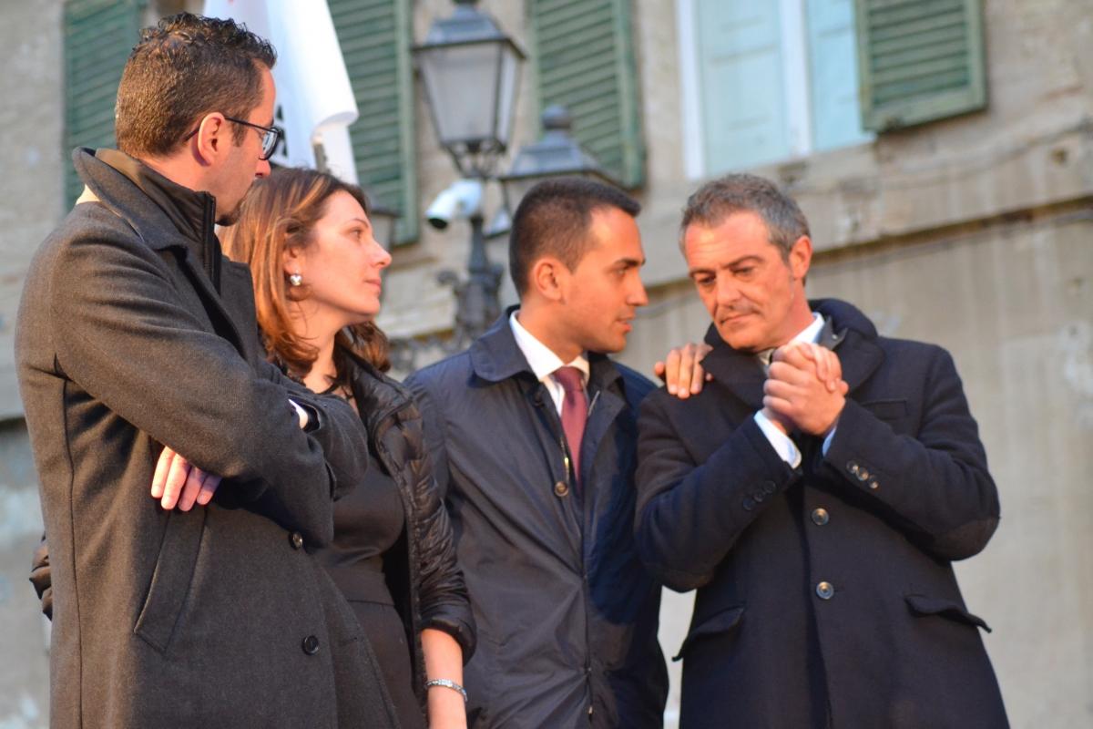 Di Maio a Vasto in un incontro elettorale in piazza Diomede