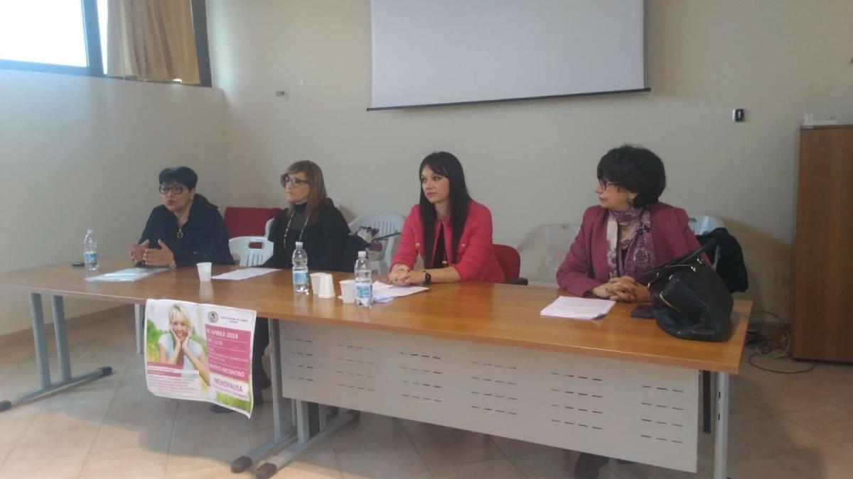 Salute in rosa: dal 16 al 22 aprile colloqui informativi individuali gratuiti