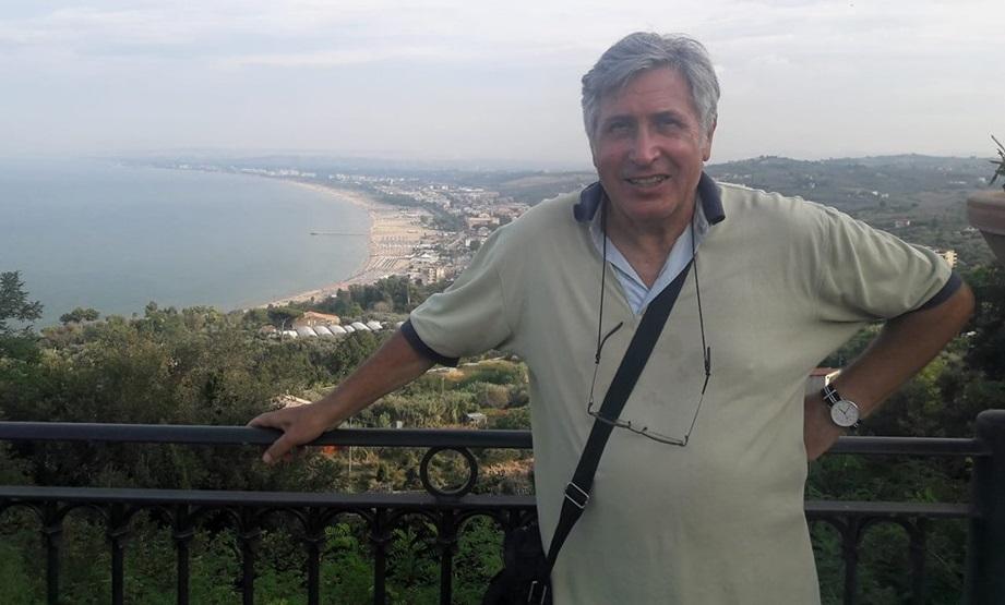 L'artista vastese Mario Pachioli