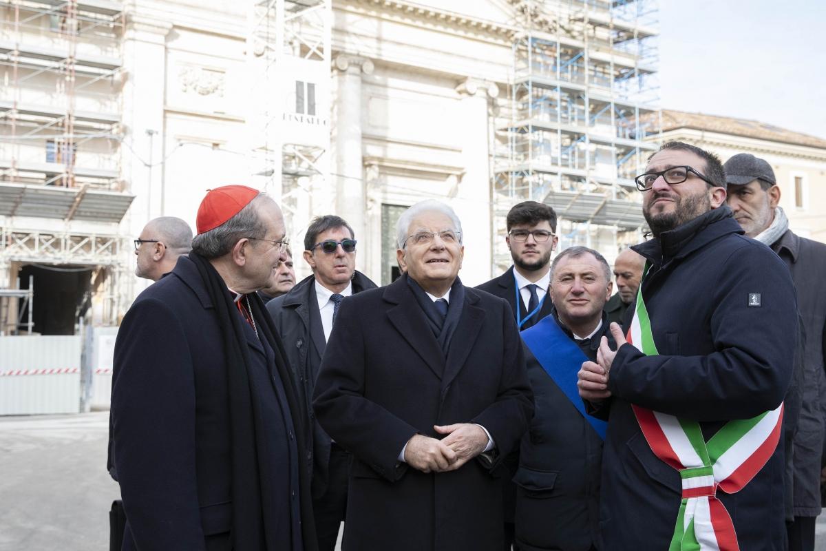 Mattarella in visita all'Aquila (Foto Archivio Quirinale)